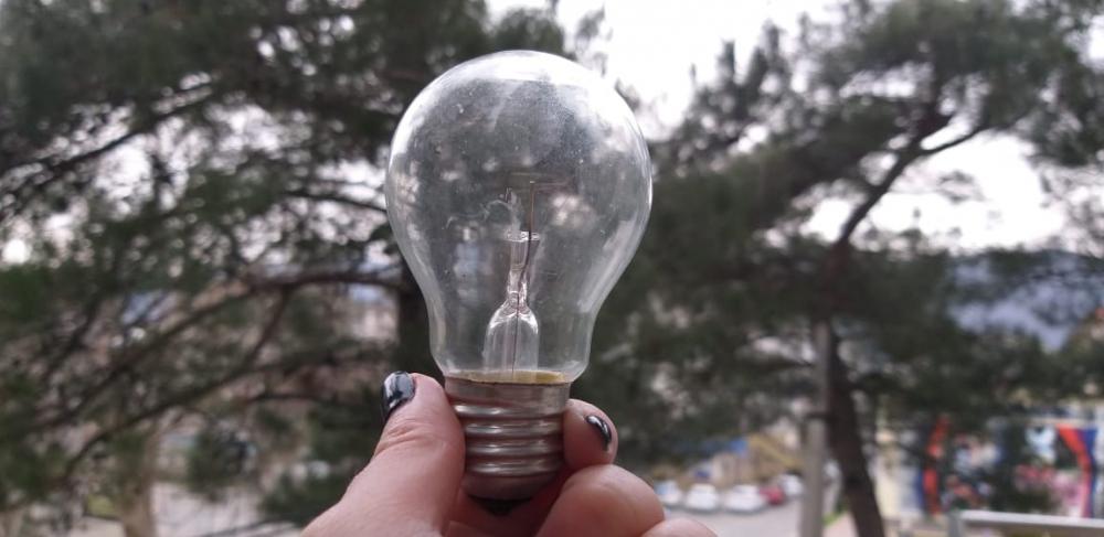 10 часов без света будут вынуждены провести жители Геленджика