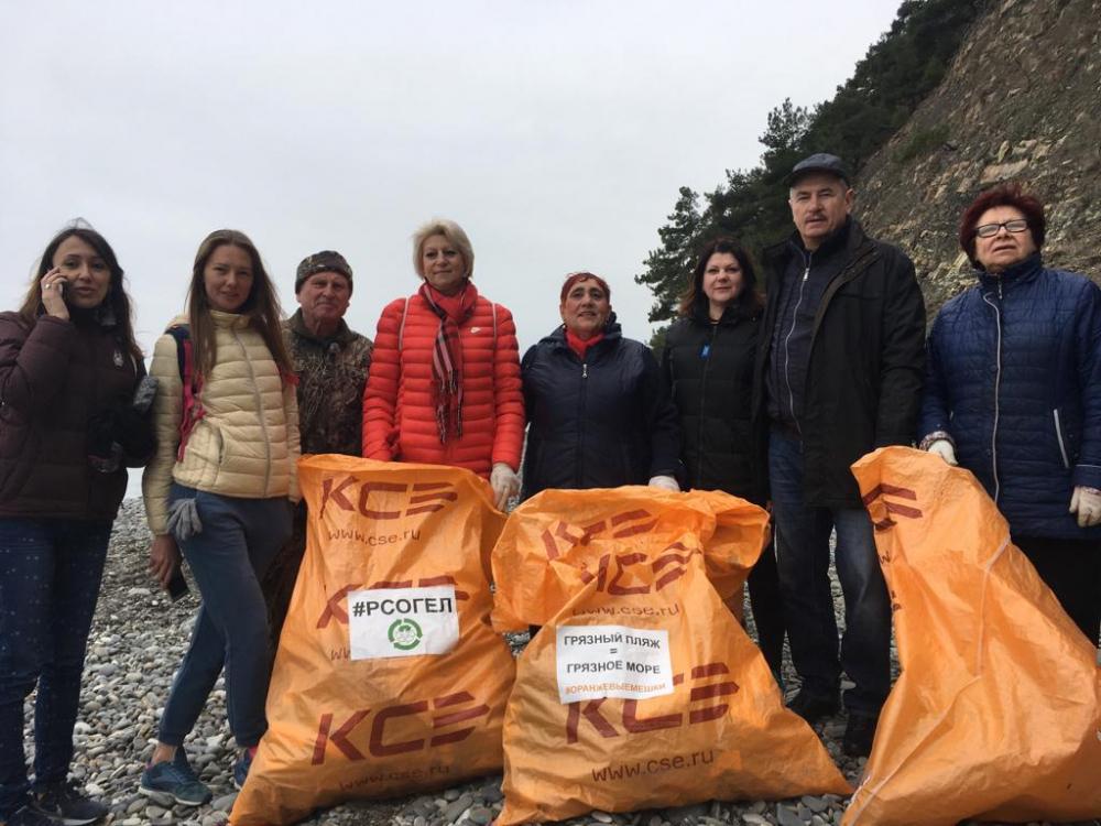 Пляжи Геленджика и Новороссийска стали чище на 30 кубометров