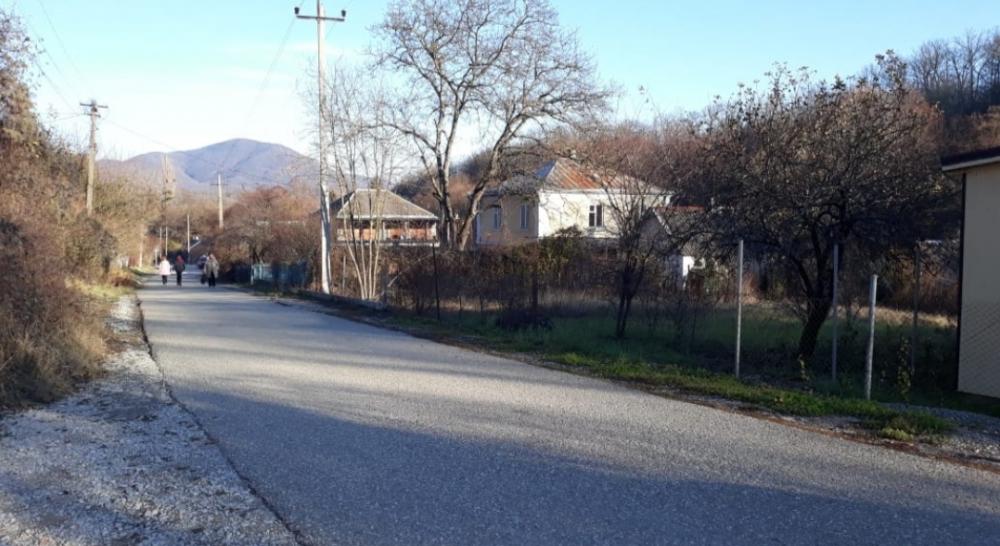 В соседнем с Геленджиком селе Михайловский перевал люди больше месяца живут без воды