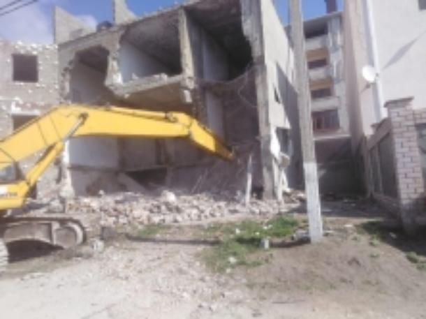 Собственник снес самовольнопостроенную гостиницу в Геленджике