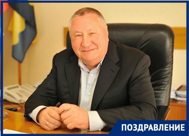 На Кубани семья всегда была опорой в деле воспитания достойных граждан, - Владимир Синяговский