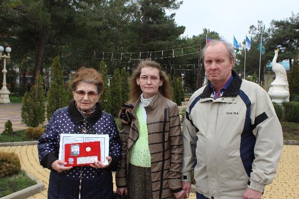 Боевая награда, утерянная в Геленджике, передана родственникам в Ленск
