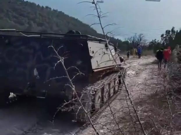Гусеничная техника устремилась к РИО в Кабардинке