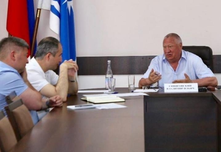 Депутат Госдумы пообещал оказать содействие в решении острых вопросов, волнующих геленджичан