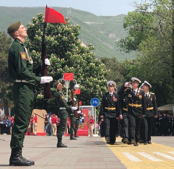Генеральная репетиция парада Победы прошла в Геленджике