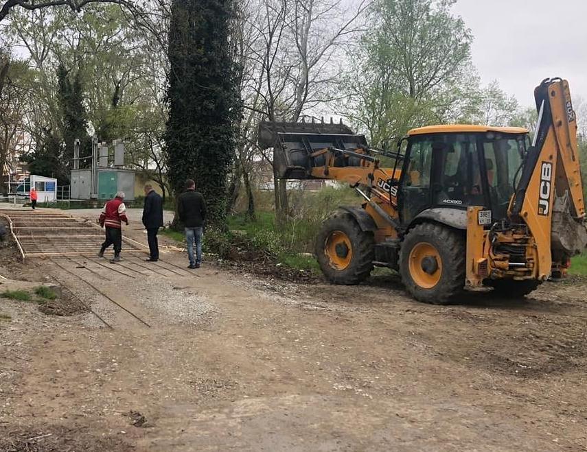 В Дивноморске отремонтируют одну из грунтовых дорог