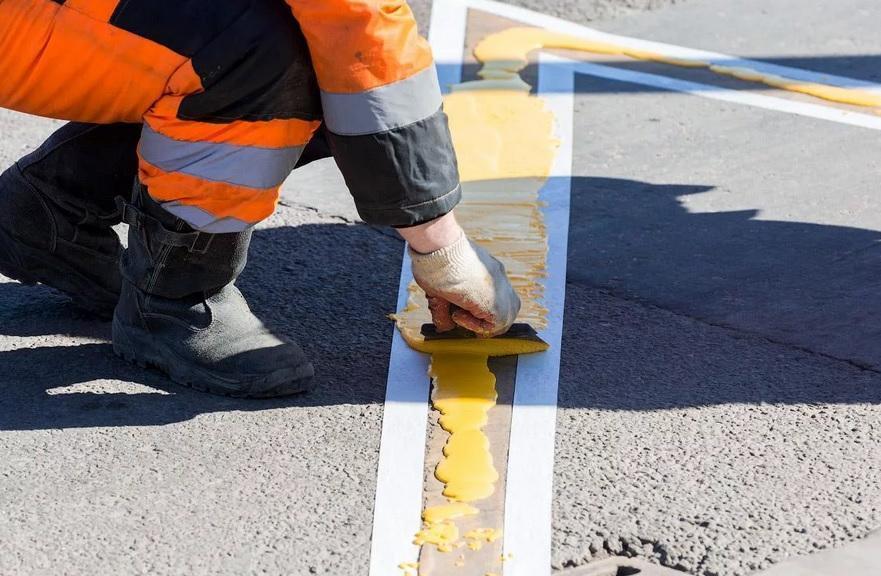 Около восьми миллионов потратят на нанесение разметки на дорогах Геленджика